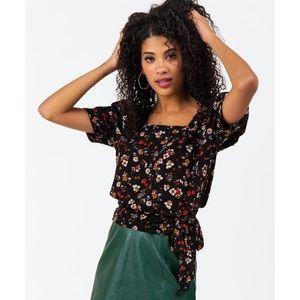 Lily White | Leena Floral Side Tie Black Top Large